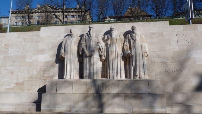 Geneve mur des reformateurs