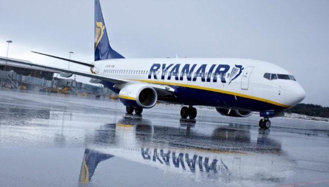 Ryanair aircraft pluie