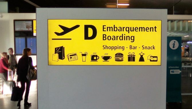 aeroport-embarquement