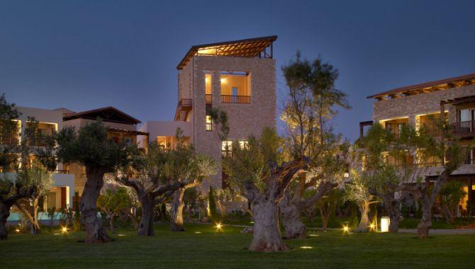 costa-navarino-westin-resort
