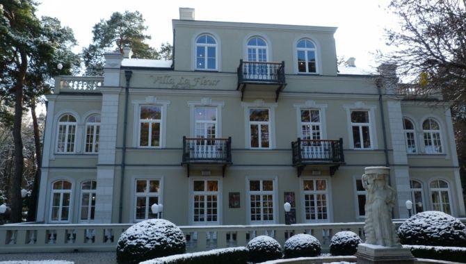 varsovie-villa-la-fleur-exterieur