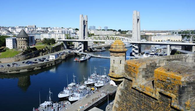 Brest port militaire