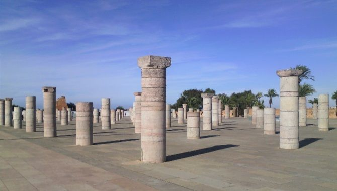 Rabat colonnes mosquee