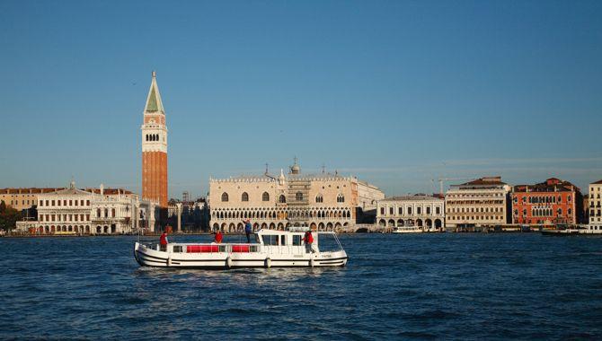 Venise penichette locaboat