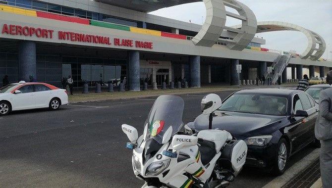 Dakar aeroport Blaise Diagne facade