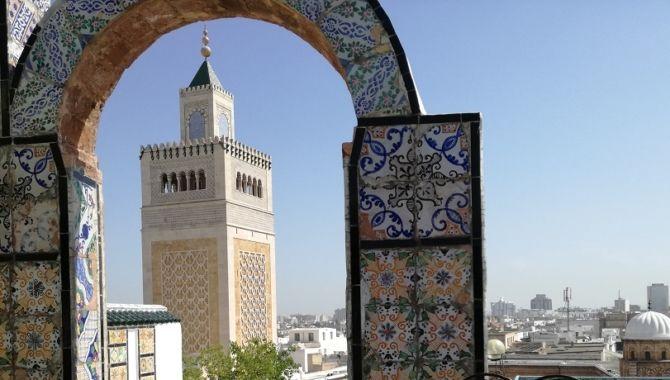 Tunis mosquee Zitouna