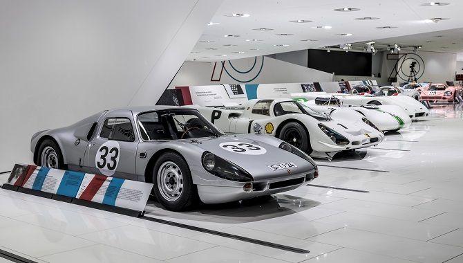 Stuttgart Musee Porsche interieur