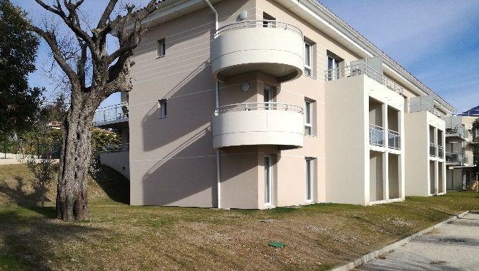 Azureva residence Roquebrune exterieur