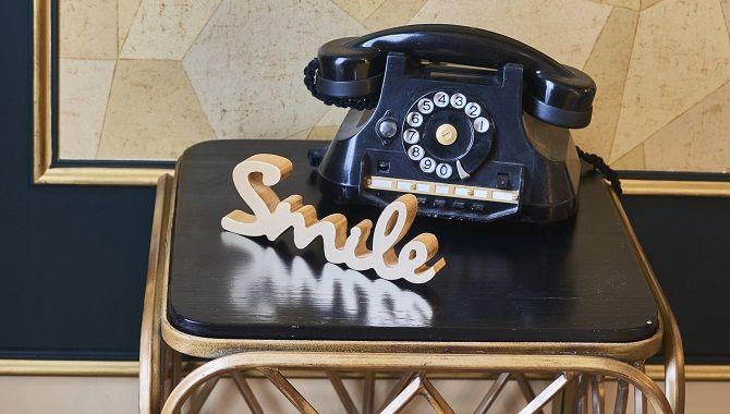 Bordeaux Hotel Konti telephone