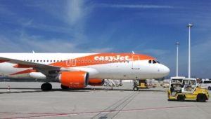 easyJet A320 parking