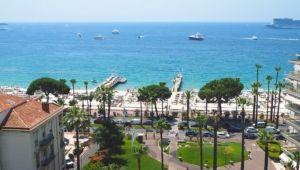 Cannes Grand Hotel vue 9eme etage