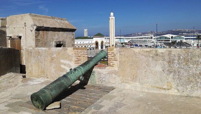 Tanger muraille medina