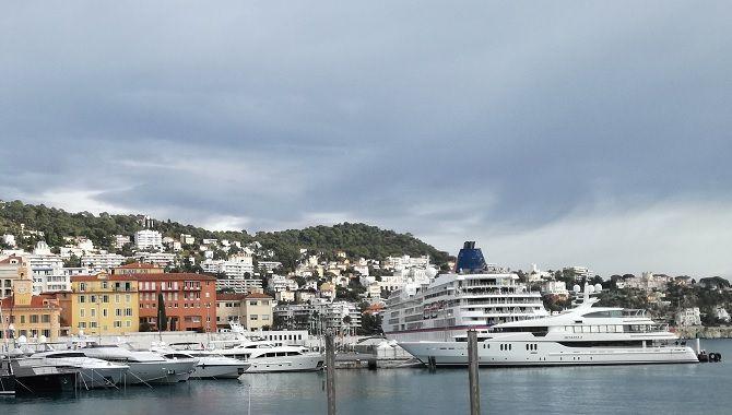 Nice vieux port
