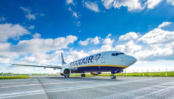 Ryanair trois quarts avant